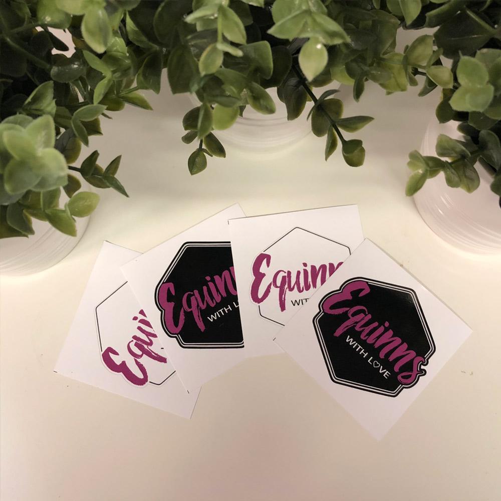 Samolepky Equinns